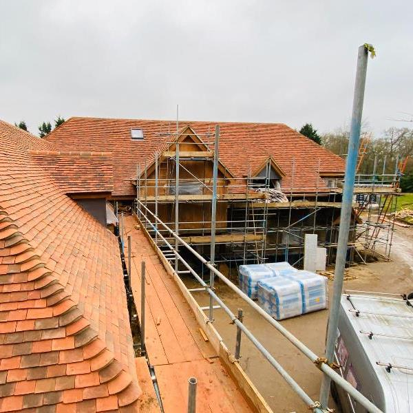 Mortar work now complete on large detached property in Hampshire